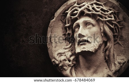 face of jesus christ crown of...