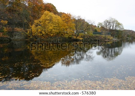 Fall colors over the Thames River in CT.
