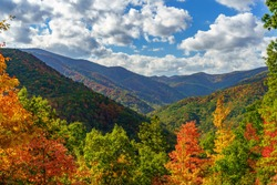 Fall on the Cherohala Skyway. Cherohala Skyway, Appalachian Mountains, Tennessee and North Carolina
