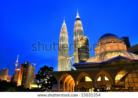 Famous Asy-Syakirin Mosque with Petronas Towers at the background, Kuala Lumpur, Malaysia