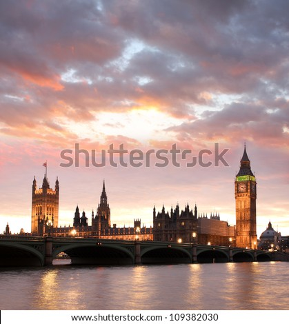 Famous Big Ben in the evening with bridge, London, England