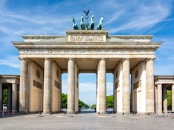 Famous Brandenburg Gate on Pariser square with no people in front of it, Berlin, Germany