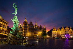 Famous fountain in Markt square in Antwerpen, Belgium.