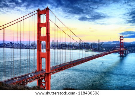 famous Golden Gate Bridge, San Francisco at night, USA ストックフォト ©