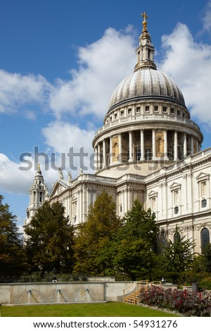 Famous Saint Paul's cathedral in London