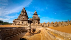 Famous Tamil Nadu landmark, UNESCO world heritage  - Shore temple, world heritage site in Mahabalipuram,South India, Tamil Nadu, Mahabalipuram