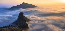 Fangjingshan, Sea of Clouds, Sunset above the Clouds at Mount Fangjing Nature Reserve - Guizhou Province, China. Summit in the clouds. UNESCO World Heritage List, China National Parks
