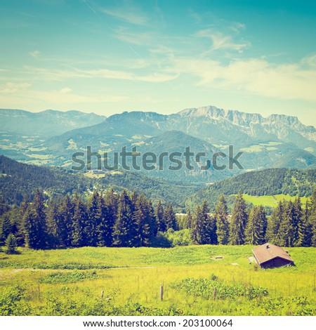 farmhouse in the bavarian alps  ...