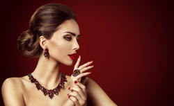 Fashion Model Red Stone Jewelry, Woman Retro Makeup and Red Gemstones Ring Earrings Necklace