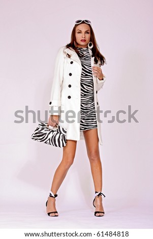 Белое пальто купить (20 фотки).