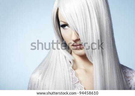 Fashion portrait of a young beautiful blonde woman. Winter Makeup