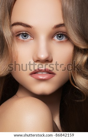 stock photo : Fashion portrait of beautiful teen girl model with natural ...