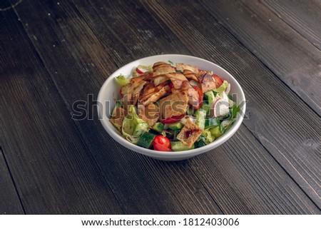 fatoosh and bread on table Syrian Lebanon    Foto stock ©