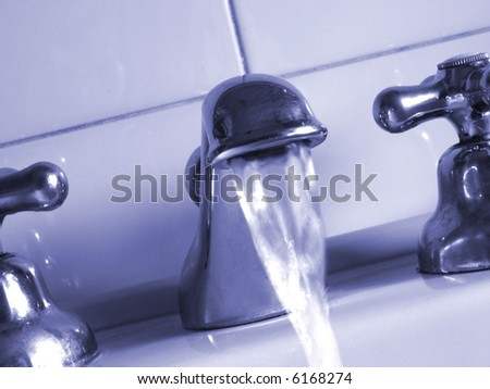faucet with water-flowing - detail
