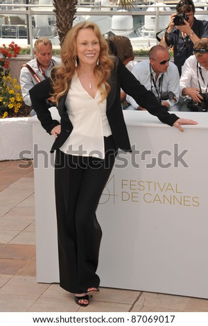 """Faye Dunaway at the photocall for her movie """"Puzzle of a Downfall Child"""" at the 64th Festival de Cannes. May 11, 2011  Cannes, France Picture: Paul Smith / Featureflash"""