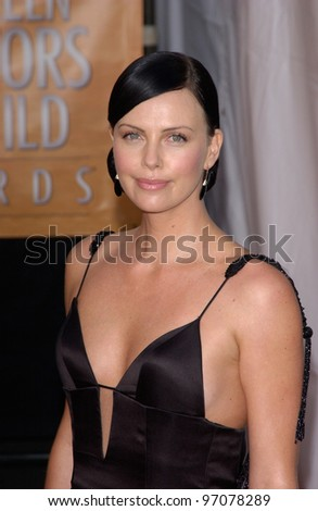 Feb 06, 2005: Los Angeles, CA: CHARLIZE THERON at the 11th Annual Screen Actors Guild Awards at the Shrine Auditorium.