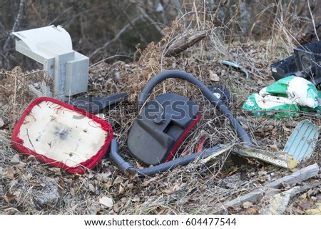 February 23.2017. - Rio de Janeiro, Brazil. Plastic garbage pollution. Bottles and bags pollute the environment. Dumping area. Garbage at the dump. Garbage for recycling. Foto stock ©