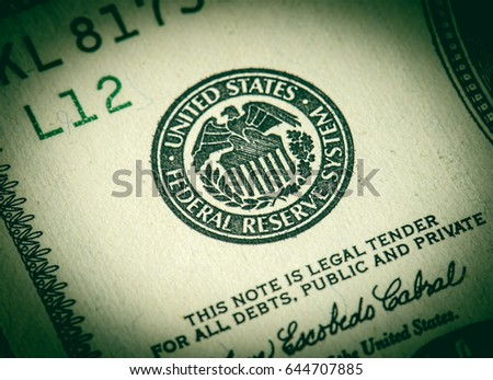 Federal Reserve System sign for a $ 100 bill