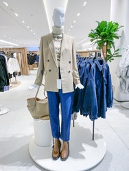 Female mannequin inside a fashion story