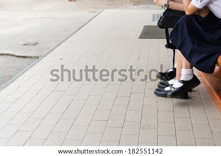 Female students sit ,High school girls Thailand , High school girls Thailand sit , Street girl