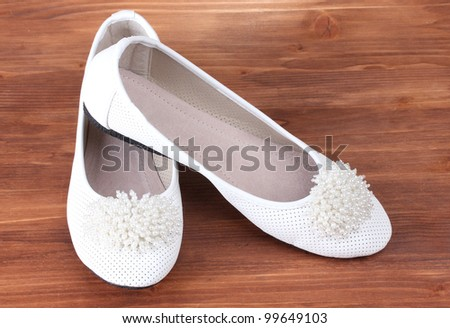 2010 newest white bowknot flat heel woman shoes