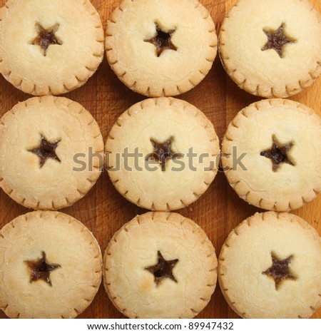 Festive shortcrust pastry mince pies