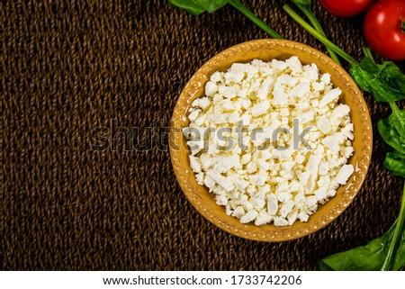 Feta Crumbled Cheese. Selective focus. Foto stock ©
