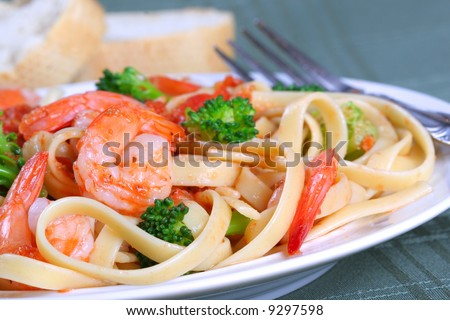 Fettuccine Pasta with Shrimp Dinner Dish and Vegetables