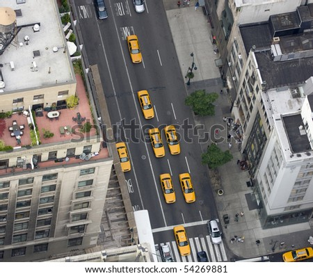 Fifth Avenue, Yellow Taxi, aerial view