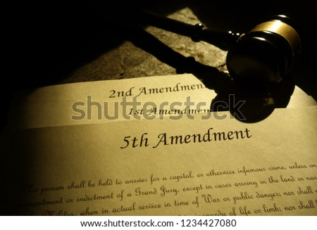Fifth, First and Second Amendments of the United States Constitution Foto stock ©
