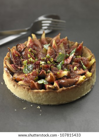 Fig,pistachio and fresh mint tart