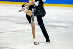 figure skating pair skaters in free skating compete