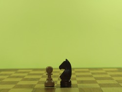 figures chess plays checkmate fun intelligence king horse bishop tower pawn