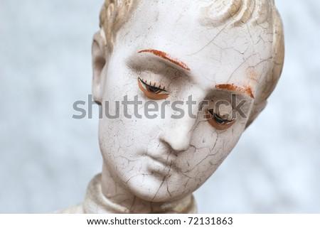 figurine portrait