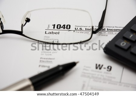 Filling up tax form 1040 for year 2009