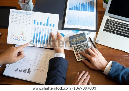 Financial accountant , planner , meeting , business cousultation , introduction