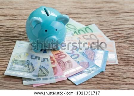 financial savings money account ...