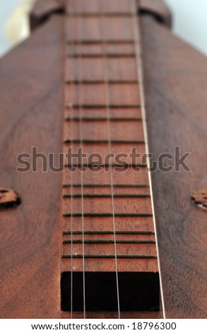 fine crafted Mountain Dulcimer of american culture