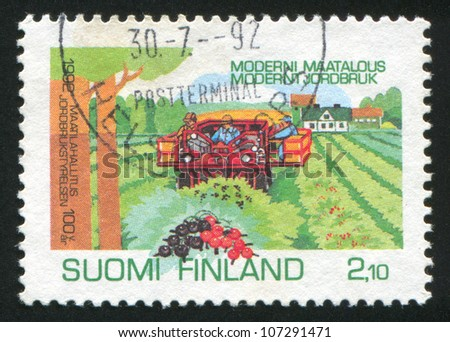 FINLAND - CIRCA 1992: A stamp printed by Finland, shows Currant Harvesting, circa 1992