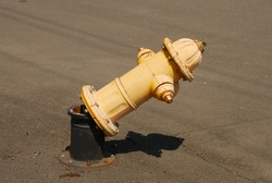 Fire hydrant that was hit by a car in a open lot in Roseburg Oregon - No water leaked due to dry hydrant design