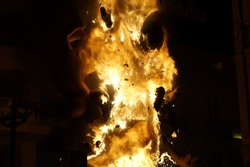 FIRE NIGTH SPAIN EXPLOTE