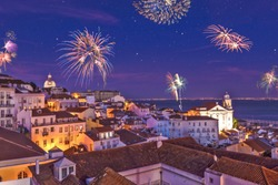 Fireworks above the district Alfama at new years eve in the portuguese capital Lisbon - Assembly