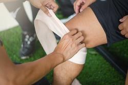 First aid at knee trauma
