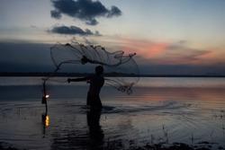 fisherman sri lanka (arugam bay)