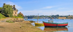 Fishing boats on the Aber Benoit, Saint-Pabu, Brittany, France