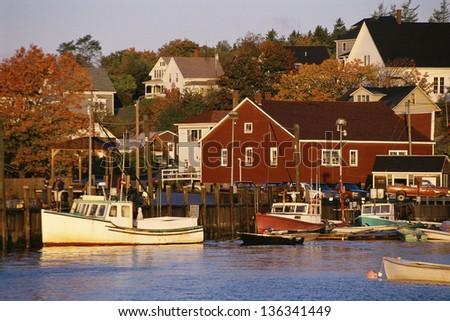 Fishing village, Stonington, Vermont (slight grain, best used at a smaller size)