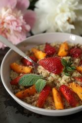 Fit breakfast - quinoa porridge with fruit