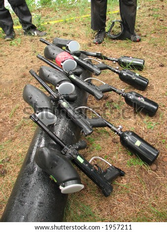 five guns for paintball game
