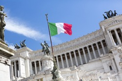 flag Italy Altar of the Fatherland