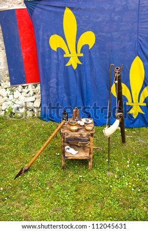 Flags, axes, pottery bottles and others medieval objects